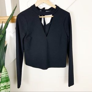 ZARA black deep v-neck cropped top long sleeves S